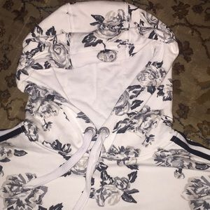 Calvin Klein Tops - Calvin Klein hoodie crop sweatshirt